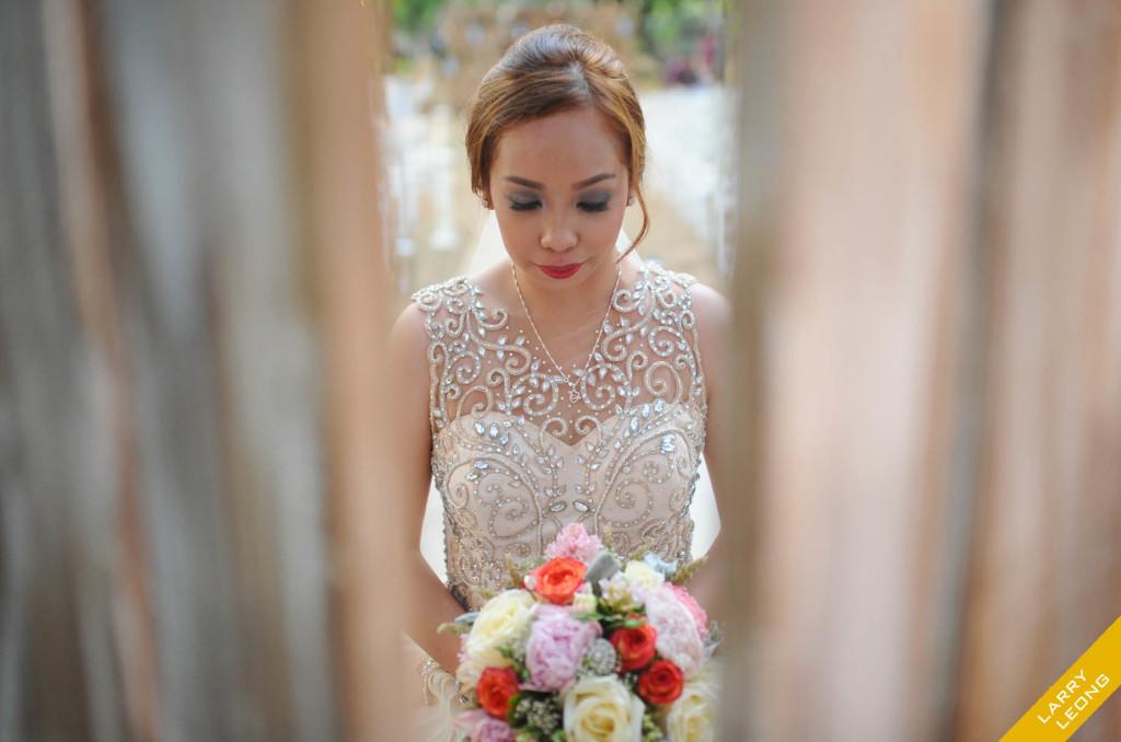 bride_mangofarm_wedding