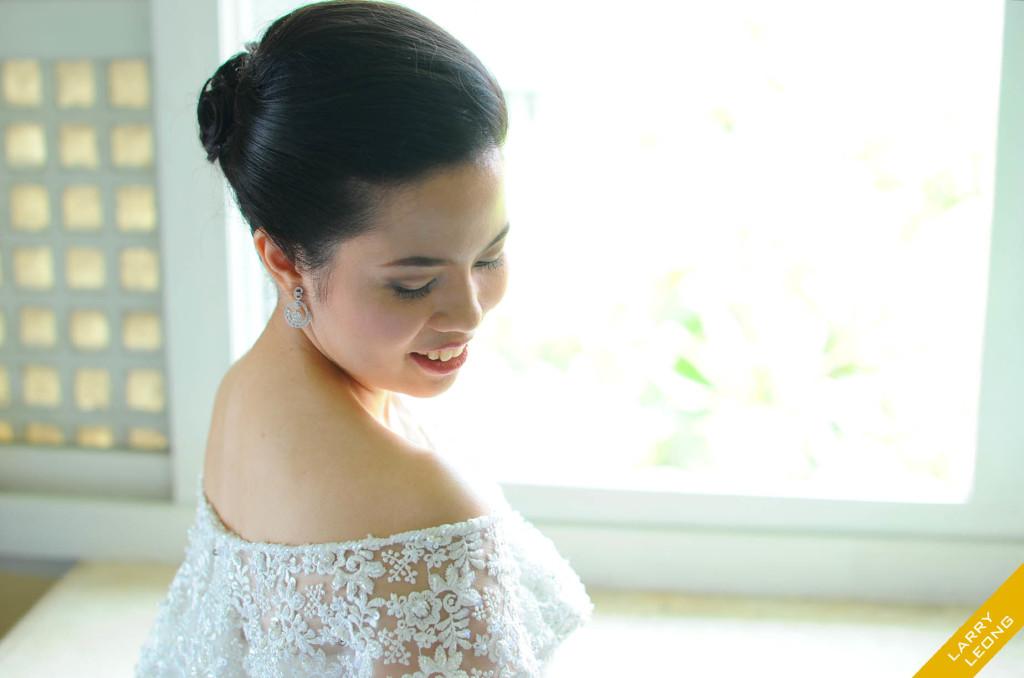 bride wedding gown